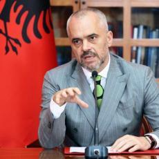OVO JE ZNAK ZA UZBUNU! Osvanula 100 odsto UZNEMIRUJUĆA FOTOGRAFIJA sa Edijem RAMOM! Albanija Srbiji ŽELI ZLO! (FOTO)