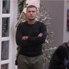 OVO NIMALO NIJE NAIVNO! Karić priznao da samo on zna pozadinu sukoba između Tomovića i Mensura!