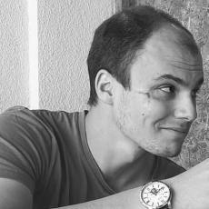 OŽILJAK PORED DESNOG OKA: Istina o večitom tragu na licu srpskog glumca za koga se priča da je sinoć PRIVEDEN