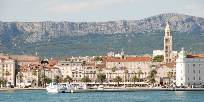 Obaveštajni američki brod u Splitu