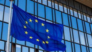Obavezujući pakt za upravljanje migracijama