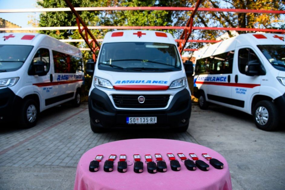 Obezbeđena vozila za dijalizu najugroženijim opštinama