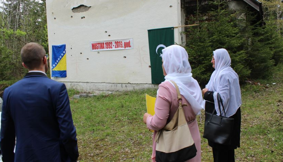 Obilježena 27. godišnjica zločina nad Bošnjacima Čajniča