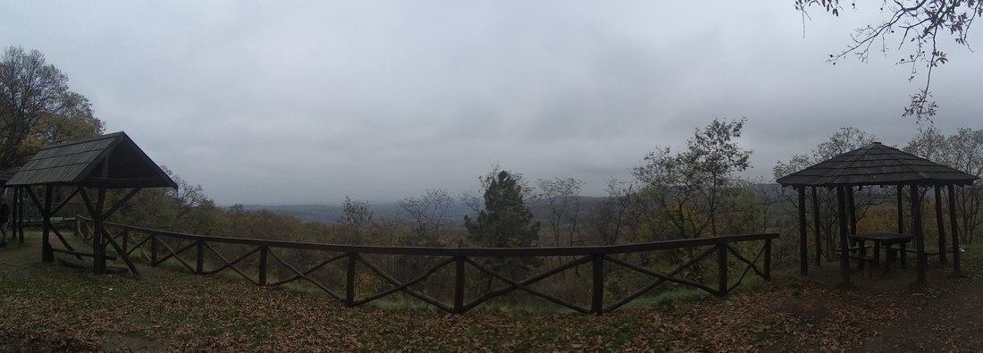 Oblačno, mestimično s kišom i pljuskovima