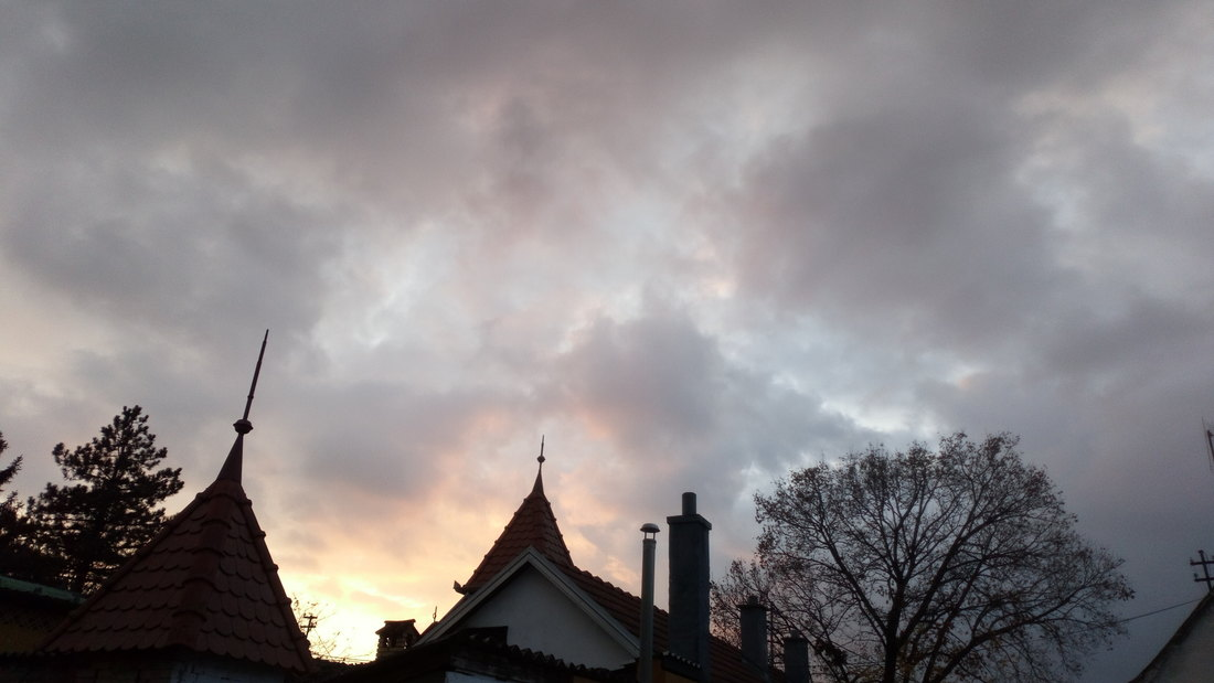 Oblačno sa slabom kišom, od nedelje suvo i toplije