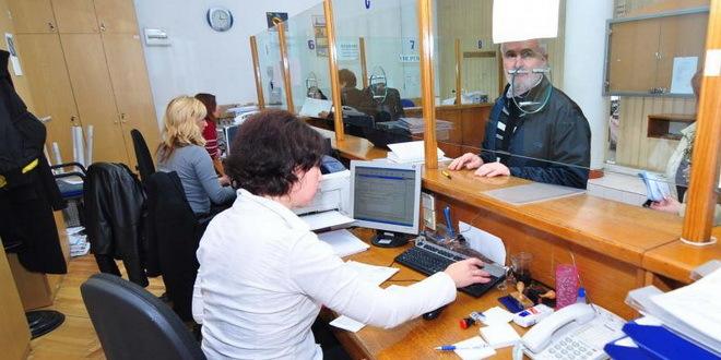 Obračun notara i katastra - zbog klinča dve institucije ispaštaju građani