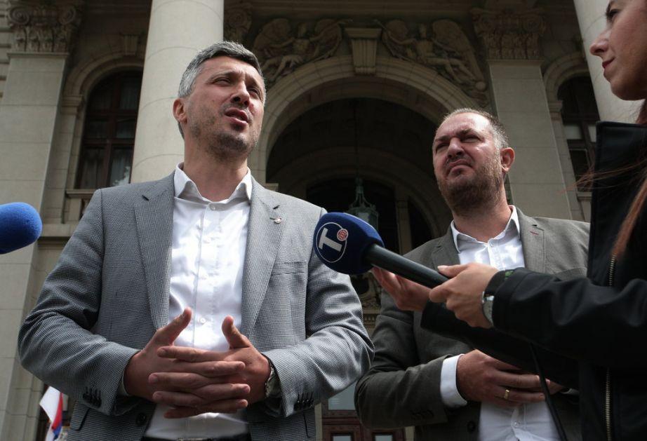 Obradović: Neka se Vučić igra sam i glumi demokratiju
