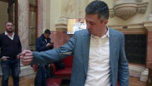 Obradović: U Rezoluciji Dveri o novoj migrantskoj politici nema rasizma