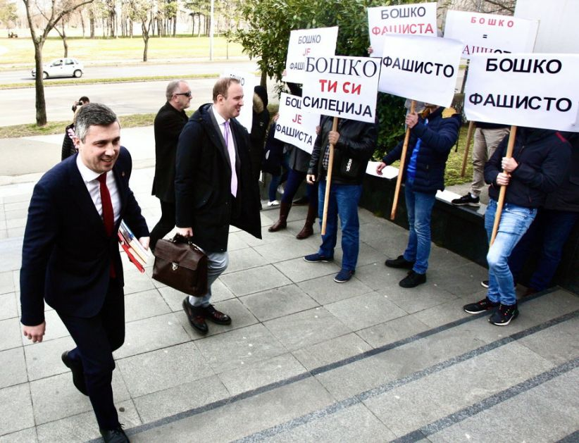 Obradović očekuje prelivanje protesta iz Crne Gore u Srbiju