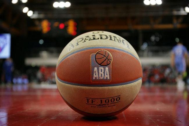 Očekivano, Zvezda u klin, Partizan u ploču, evo šta je sa ABA!