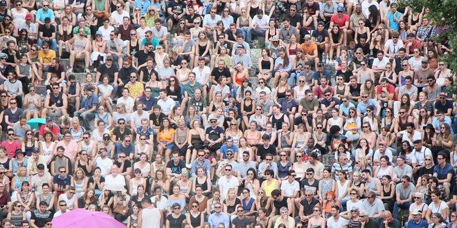 Od danas okupljanje do 1.000 ljudi i publika na utakmicama