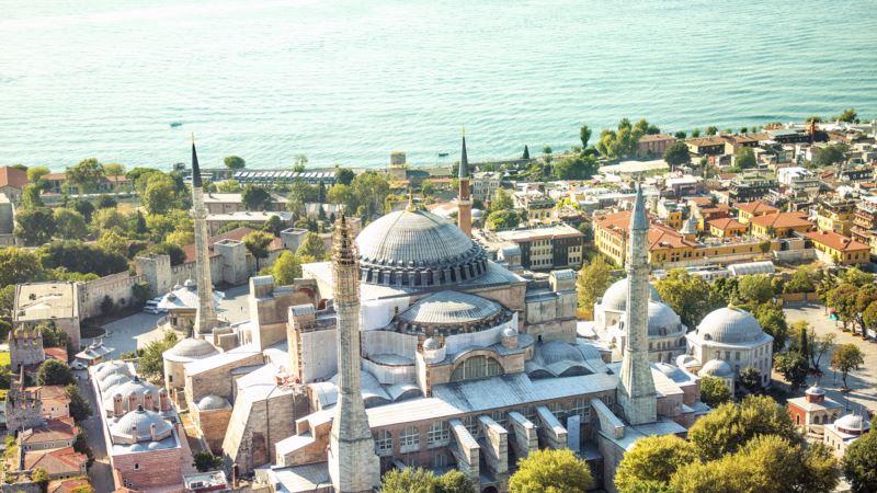 Od muzeja do džamije: Unutar Aje Sofije