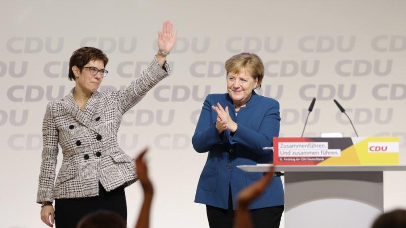 Odlazak mini Merkel otvara pitanje političkog smjera Njemačke