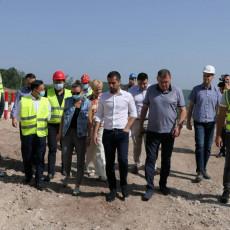 Odličan tempo radova na tunelu Laz: Obilaznica oko Požege povezaće potpuno Zapadnu Srbiju