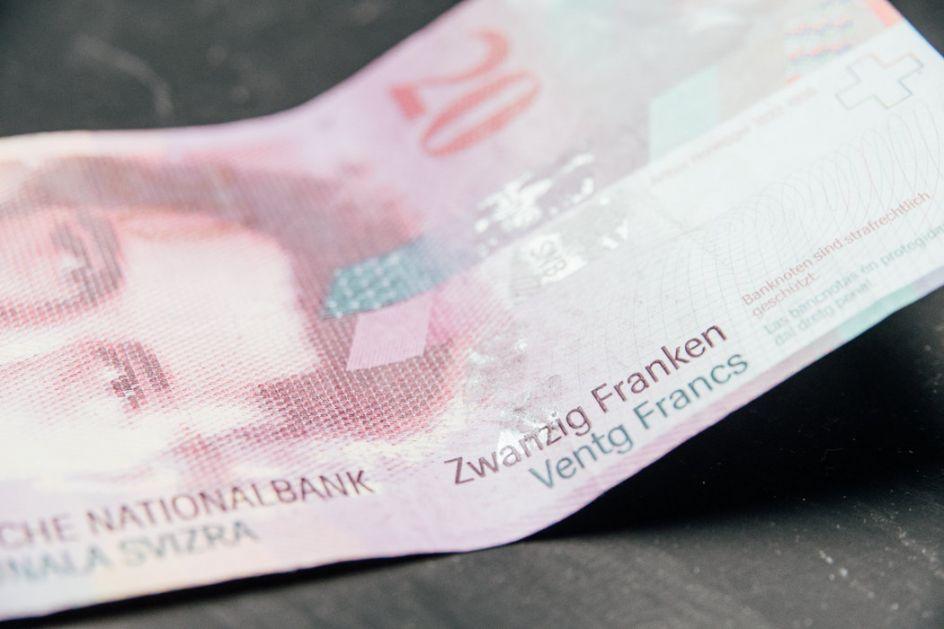 Odluka suda u Crnoj Gori u korist zaduženih u francima