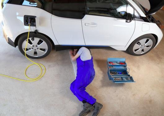 Održavanje automobila: Da li su električna vozila zaista (puno) jeftinija od dizelaša i benzinaca?