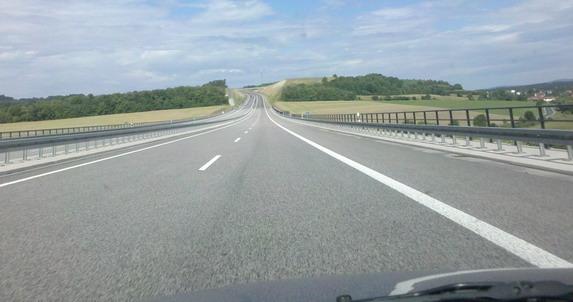 Ograničenje od 150 km/h nema nijedna zemlja Evrope