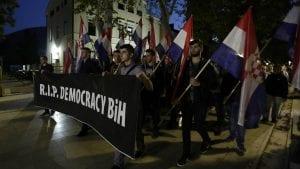 Oko 10.000 Hrvata na protestu protiv Komšića