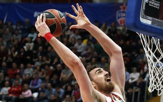 Olimpijakos i Milutinov izborili peti meč finala u Grčkoj
