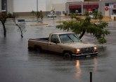 Oluja Kristobal: Poplave, zatvoreni auto-putevi, kreće i ka obalama SAD... VIDEO
