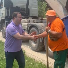 On je predsednik opštine koji radno vreme provodi na terenu, a ovako je od prigradske opštine napravio moderan Obrenovac