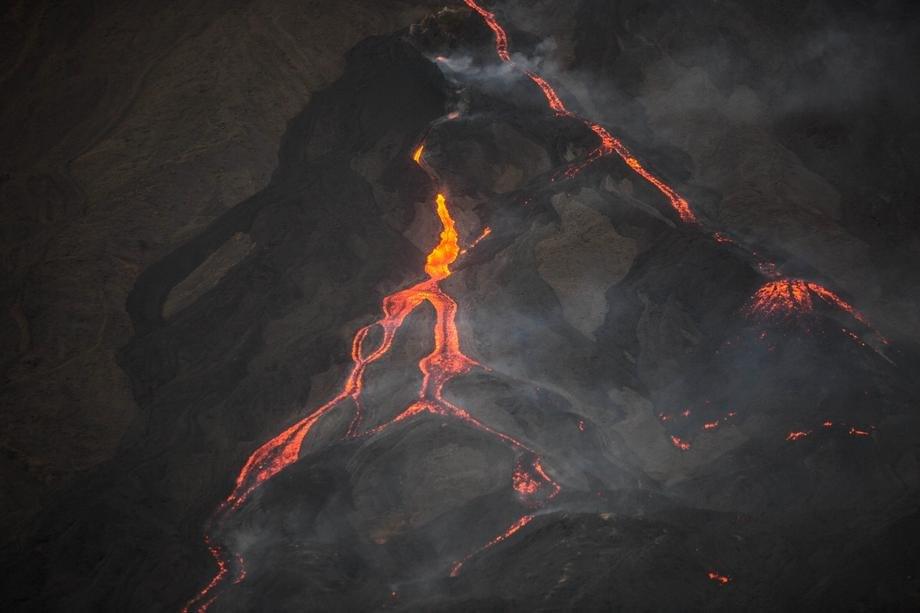 Opasnost da spoj lave i mora stvori toksicna isparenja