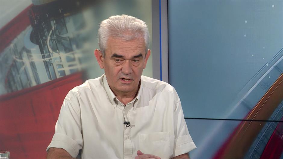 Opozicija traži istragu o pretnjama Vukadinoviću i Janjiću