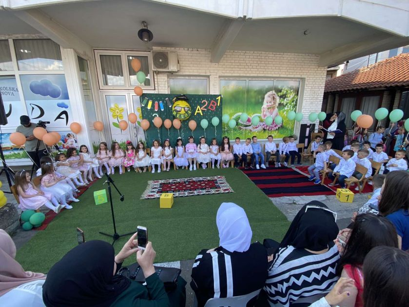 "Organizirana završna priredba za mališane srednje grupe predškolske ustanove ""Reuda"""