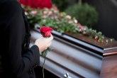Organizovala probu sopstvene sahrane - kovčeg iznajmila za taj dan VIDEO