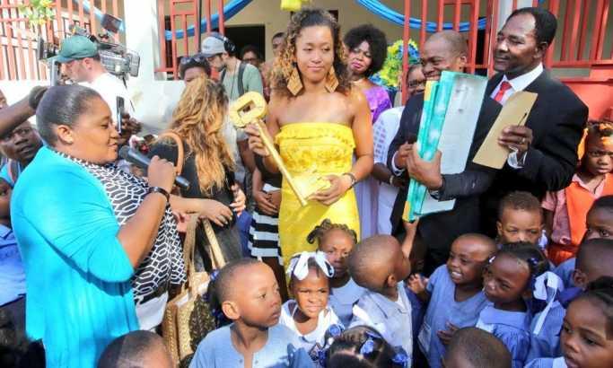 Osaki visoke počasti u Haitiju, rodnoj grudi njenog oca