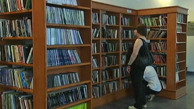 Osam godina nije vratila knjige, slučaj došao do izvršitelja - traži se rešenje