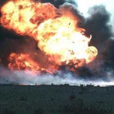 Osam mrtvih, šest povređeno u eksploziji autobusa u Iraku! (FOTO)