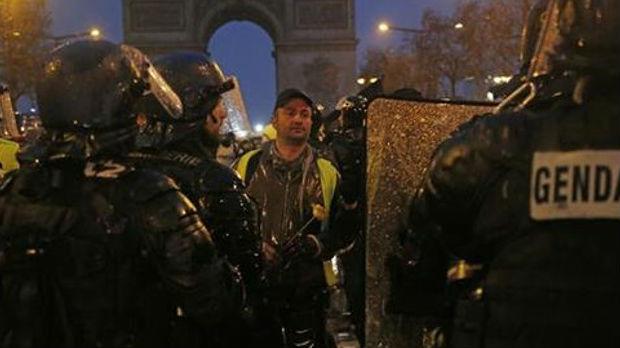 Osma žrtva protesta u Francuskoj