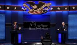 Oštro, ali pristojno sučeljavanje Trampa i Bajdena u poslednjoj debati