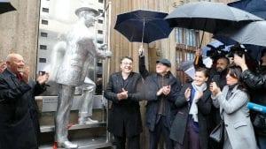 Otkriven spomenik Karlu Maldenu