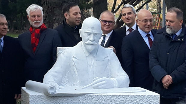 Otkriven spomenik Nikolaju Krasnovu u Beogradu