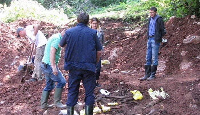 Otkrivena masovna grobnica kod Vlasenice: Ekshumirano deset žrtava