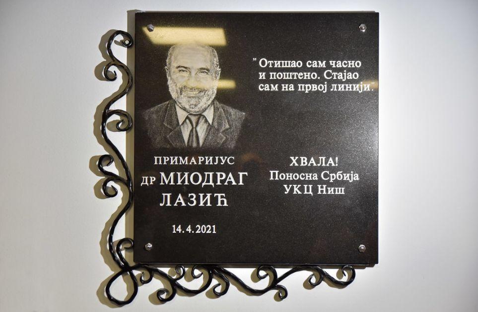 Otkrivena spomen ploča u čast dr Miodraga Lazića