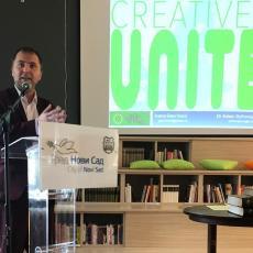 Otvoren Digitalni omladinski centar: Udruženje Adligat ustupilo dragocene materijale o istoriji Novog Sada (FOTO)
