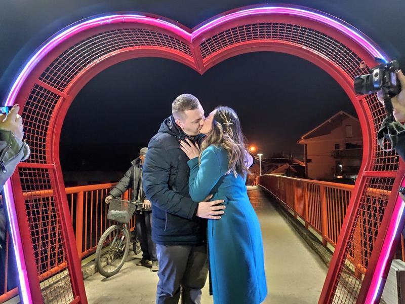 Otvoren još jedan most ljubavi u Leskovcu po zamisli gradonačelnika Cvetanovića
