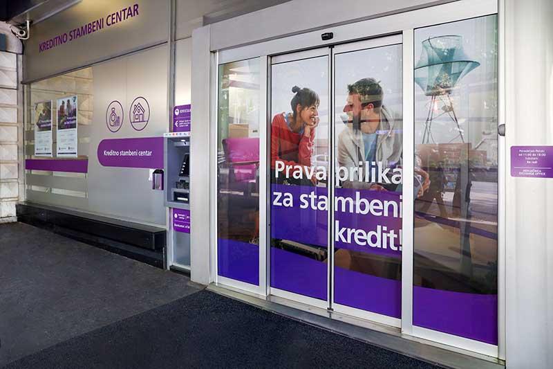 Otvoren prvi Kreditno stambeni centar Komercijalne banke