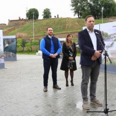 Otvorena izložba projekata linijskog parka na platou kod Beton hale (FOTO)