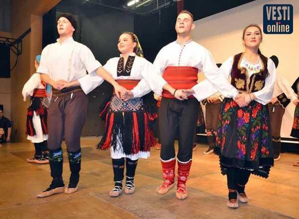 Ovacije za srpsko jedinstvo