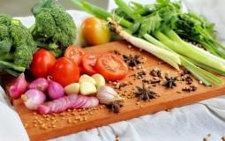 Ove namirnice će vam očistiti organizam posle praznične trpeze