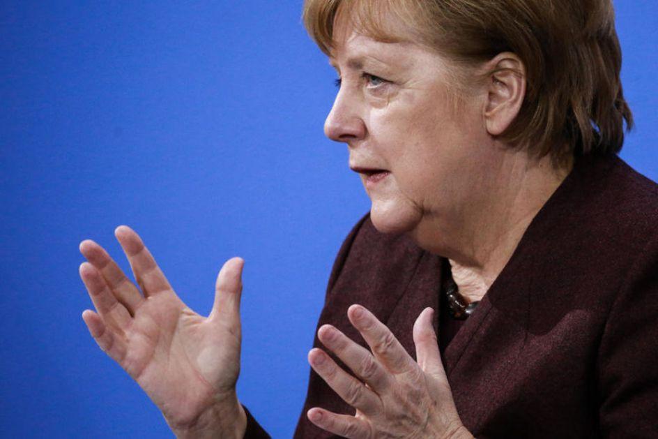 PALA OSTAVKA U STRANCI ANGELE MERKEL Poslanik se bogatio na zaštitnim maskama, skandal u Bundestagu izazvao oštre kritike!