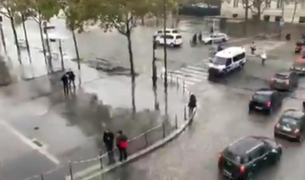 PANIKA U PARIZU ZBOG PRETNJE BOMBOM: Evakiusano sve oko Trijumfalne kapije, uključujući i stanice metroa! (VIDEO)