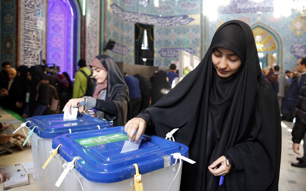 PARLAMENTARNI IZBORI U IRANU Otvorena birališta, bira se 290 poslanika! Pravo glasa ima oko 58 miliona ljudi FOTO, VIDEO