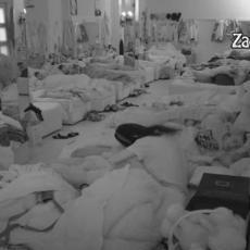 PEČEN JE! Kukao je, pominjao suprugu, sad mu se uvukla u krevet! Drama tek POČINJE! (VIDEO)