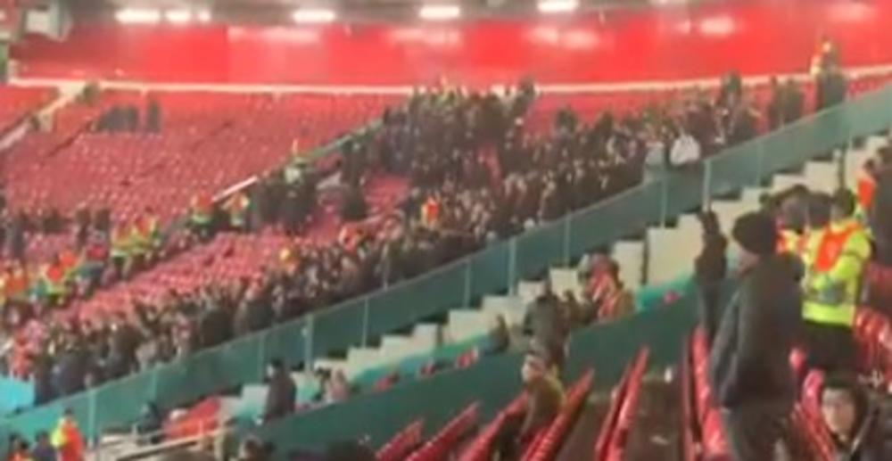 PESMA GROBARA TREŠTI OLD TRAFORDOM: Navijači Partizana na Teatru snova! Zagrmeli čim su stigli u hram fudbala u Mančesteru (KURIR TV)