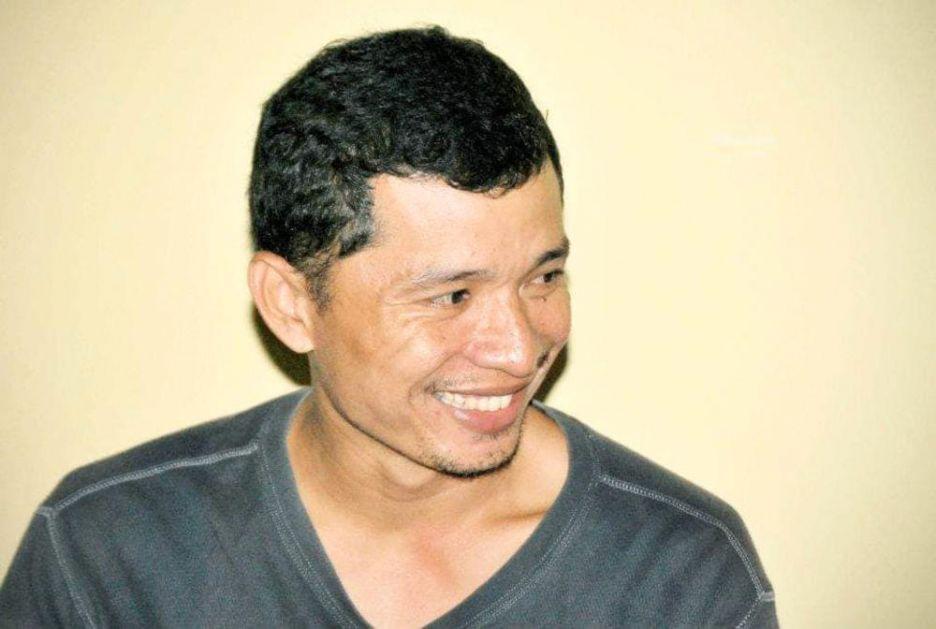 PETAO UBIO POLICAJCA! Filipinac došao da rasturi ilegalne borbe petlova, pa nastradao na zaista bizaran način